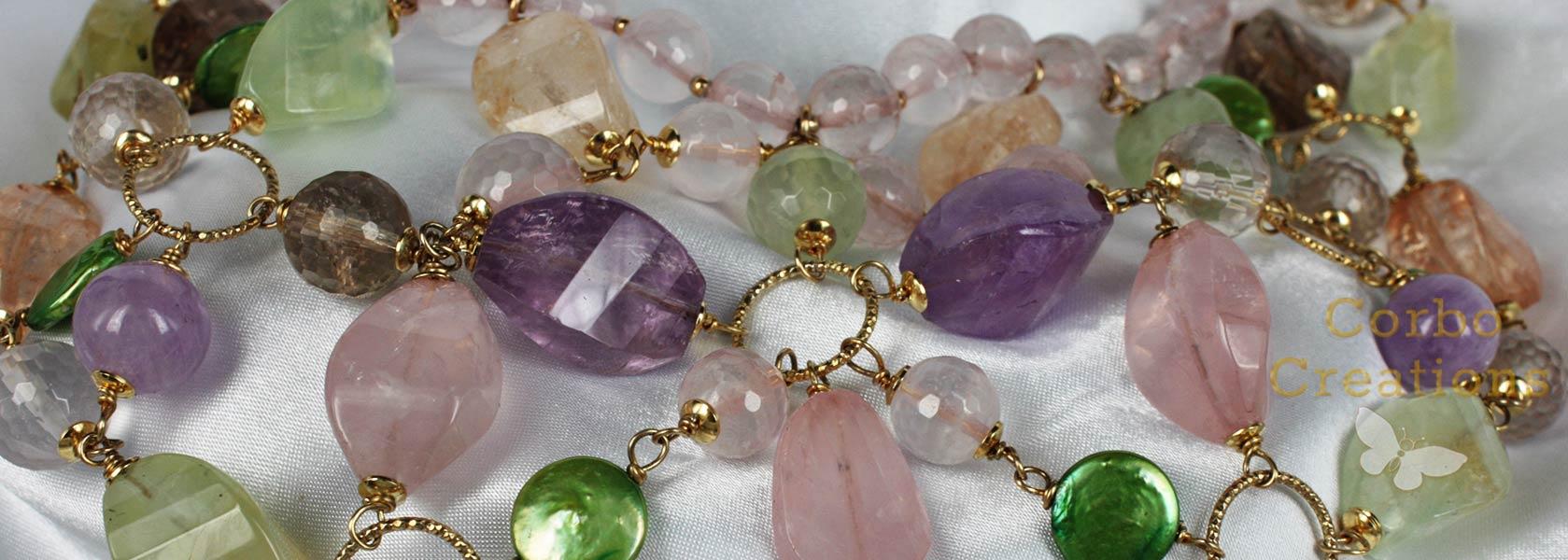 Très Gioielli in argento con pietre dure e perle. Orecchini pendenti di  XM12